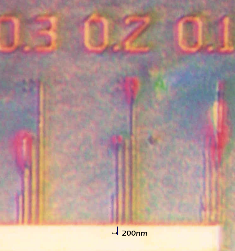 The resolution of the test chip shows sharp images at 300 nm / 200 nm, and detectable at 100 nm.